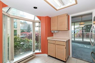 Photo 9: 401 1455 DUCHESS Avenue in West Vancouver: Ambleside Condo for sale : MLS®# R2364582