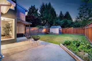 Photo 18: 3009 FIRBROOK Place in Coquitlam: Meadow Brook House 1/2 Duplex for sale : MLS®# R2385710