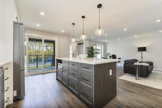 Photo 7: 9322 98 Street in Edmonton: Zone 15 House for sale : MLS®# E4174981