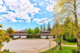 Photo 11: 207 15155 22 AVENUE in South Surrey White Rock: Sunnyside Park Surrey Condo for sale : MLS®# R2408809