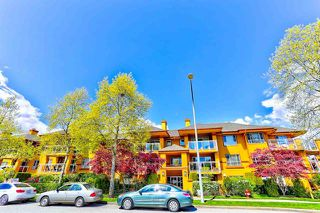 Photo 1: 207 15155 22 AVENUE in South Surrey White Rock: Sunnyside Park Surrey Condo for sale : MLS®# R2408809