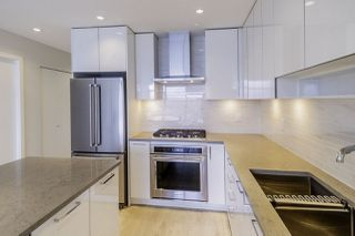 """Photo 5: 1907 1788 GILMORE Avenue in Burnaby: Brentwood Park Condo for sale in """"ESCALA"""" (Burnaby North)  : MLS®# R2418017"""