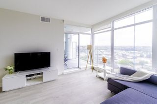 """Photo 6: 1907 1788 GILMORE Avenue in Burnaby: Brentwood Park Condo for sale in """"ESCALA"""" (Burnaby North)  : MLS®# R2418017"""