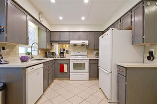 """Photo 5: 12 10980 NO. 2 Road in Richmond: Woodwards Townhouse for sale in """"BARCLAY COURT"""" : MLS®# R2422924"""