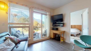 "Photo 4: 412 1150 BAILEY Street in Squamish: Downtown SQ Condo for sale in ""ParkHouse"" : MLS®# R2427881"