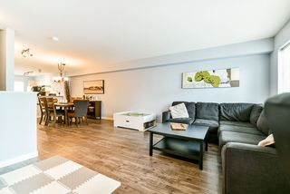 """Photo 6: 23 15155 62A Avenue in Surrey: Sullivan Station Townhouse for sale in """"Oaklands"""" : MLS®# R2442720"""