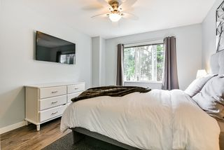 """Photo 12: 23 15155 62A Avenue in Surrey: Sullivan Station Townhouse for sale in """"Oaklands"""" : MLS®# R2442720"""