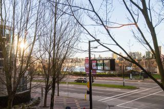 Photo 8: B110 1331 Homer Street in Pacific Point 1: Yaletown Home for sale ()  : MLS®# R2033727