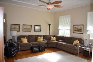 Photo 2: 130 MAPLE Street in Gimli: Aspen Park Condominium for sale (R26)  : MLS®# 202013027