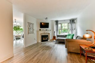 "Photo 5: 77 65 FOXWOOD Drive in Port Moody: Heritage Mountain Townhouse for sale in ""Forest Hills"" : MLS®# R2474830"
