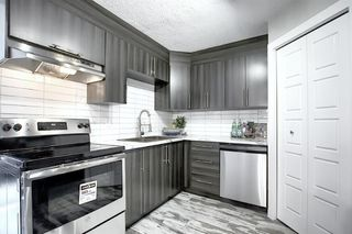 Photo 1: 94 3809 45 Street SW in Calgary: Glenbrook Row/Townhouse for sale : MLS®# A1012814