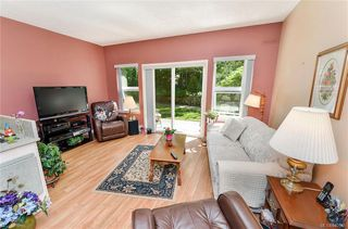 Photo 3: 113 1485 Garnet Rd in Saanich: SE Cedar Hill Condo for sale (Saanich East)  : MLS®# 840548