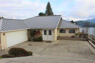 "Main Photo: 488 OCEANMOUNT Lane in Gibsons: Gibsons & Area House for sale in ""OCEANMOUNT"" (Sunshine Coast)  : MLS®# R2519022"