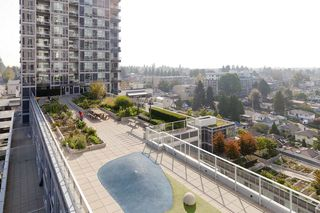 "Photo 17: 1607 5515 BOUNDARY Road in Vancouver: Collingwood VE Condo for sale in ""WALL CENTRE CENTRAL PARK"" (Vancouver East)  : MLS®# R2520242"