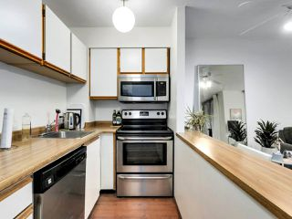"Photo 11: 407 1330 HORNBY Street in Vancouver: Downtown VW Condo for sale in ""HORNBY COURT"" (Vancouver West)  : MLS®# R2522576"