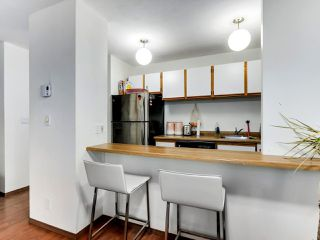 "Photo 9: 407 1330 HORNBY Street in Vancouver: Downtown VW Condo for sale in ""HORNBY COURT"" (Vancouver West)  : MLS®# R2522576"