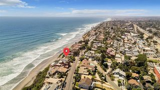 Photo 3: ENCINITAS House for sale : 2 bedrooms : 796 Neptune Ave