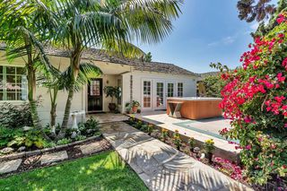 Photo 8: ENCINITAS House for sale : 2 bedrooms : 796 Neptune Ave