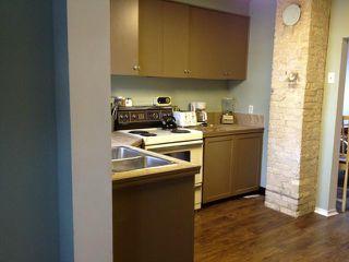 Photo 5: 537 Herbert Avenue in WINNIPEG: East Kildonan Residential for sale (North East Winnipeg)  : MLS®# 1123058