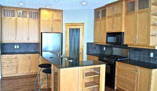 Photo 7: 411 CALDERON CRESCENT in Edmonton: House for sale (Cumberland)  : MLS®# E3282766