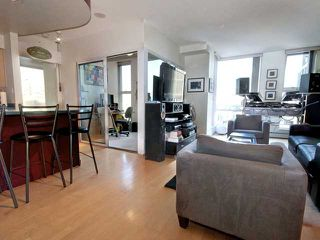 Photo 3: 3205 1008 CAMBIE Street in Vancouver: Yaletown Condo for sale (Vancouver West)  : MLS®# V910319