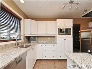 Photo 4: 1290 Les Meadows in VICTORIA: SE Sunnymead Residential for sale (Saanich East)  : MLS®# 324296