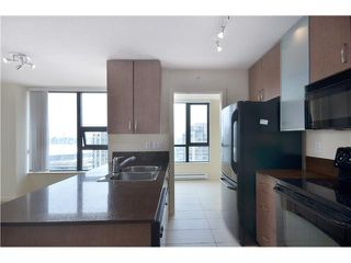 "Photo 3: # 2605 977 MAINLAND ST in Vancouver: Yaletown Condo for sale in ""YALETOWN PARK"" (Vancouver West)  : MLS®# V1033564"