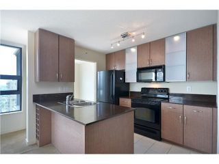 "Photo 4: # 2605 977 MAINLAND ST in Vancouver: Yaletown Condo for sale in ""YALETOWN PARK"" (Vancouver West)  : MLS®# V1033564"