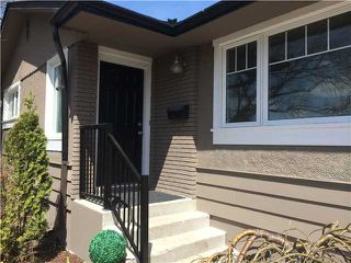 Photo 2: 3116 10 Street NW in CALGARY: Cambrian Heights Residential Detached Single Family for sale (Calgary)  : MLS®# C3614410