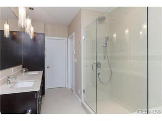 Photo 8: 704 Demel Place in VICTORIA: Co Triangle Single Family Detached for sale (Colwood)  : MLS®# 344193