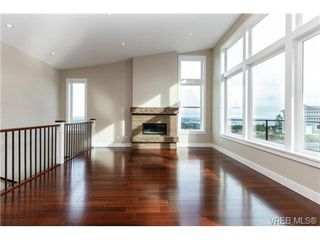 Photo 6: 704 Demel Place in VICTORIA: Co Triangle Single Family Detached for sale (Colwood)  : MLS®# 344193