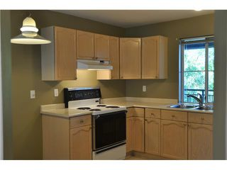 "Photo 8: 317 4955 RIVER Road in Ladner: Neilsen Grove Condo for sale in ""SHORE WALK"" : MLS®# V1101054"