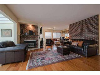 "Photo 1: 6 1375 W 10TH Avenue in Vancouver: Fairview VW Condo for sale in ""HEMLOCK HOUSE"" (Vancouver West)  : MLS®# V1107342"