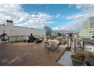 "Photo 4: 6 1375 W 10TH Avenue in Vancouver: Fairview VW Condo for sale in ""HEMLOCK HOUSE"" (Vancouver West)  : MLS®# V1107342"