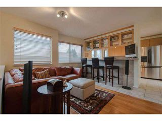 "Photo 13: 6 1375 W 10TH Avenue in Vancouver: Fairview VW Condo for sale in ""HEMLOCK HOUSE"" (Vancouver West)  : MLS®# V1107342"