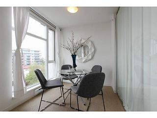 "Photo 5: 608 328 E 11TH Avenue in Vancouver: Mount Pleasant VE Condo for sale in ""UNO"" (Vancouver East)  : MLS®# V1122789"