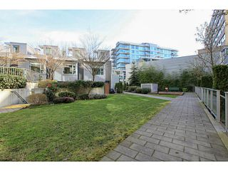 "Photo 12: 608 328 E 11TH Avenue in Vancouver: Mount Pleasant VE Condo for sale in ""UNO"" (Vancouver East)  : MLS®# V1122789"