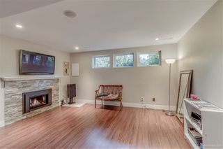 """Photo 15: 3221 INGLESIDE Court in Burnaby: Government Road House for sale in """"GOVERNMENT ROAD AREA"""" (Burnaby North)  : MLS®# R2002182"""