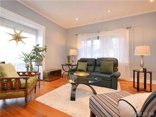 Photo 4: 3111 Washington Ave in VICTORIA: Vi Burnside House for sale (Victoria)  : MLS®# 719156