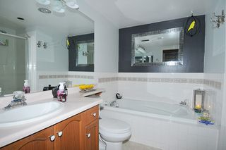 """Photo 12: 214 11605 227 Street in Maple Ridge: East Central Condo for sale in """"HILLCREST"""" : MLS®# R2027390"""
