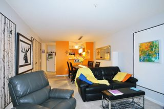 "Photo 8: 214 11605 227 Street in Maple Ridge: East Central Condo for sale in ""HILLCREST"" : MLS®# R2027390"