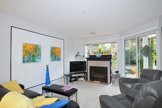 "Photo 14: 214 11605 227 Street in Maple Ridge: East Central Condo for sale in ""HILLCREST"" : MLS®# R2027390"