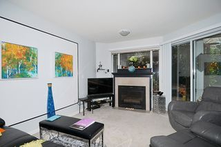 "Photo 13: 214 11605 227 Street in Maple Ridge: East Central Condo for sale in ""HILLCREST"" : MLS®# R2027390"