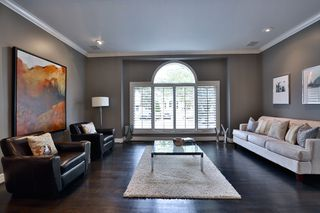Photo 11: 505 Fairlawn Avenue in Toronto: House for sale : MLS®# C3340932