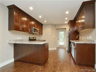 Photo 3: 108 990 Rattanwood Pl in VICTORIA: La Happy Valley Row/Townhouse for sale (Langford)  : MLS®# 724291