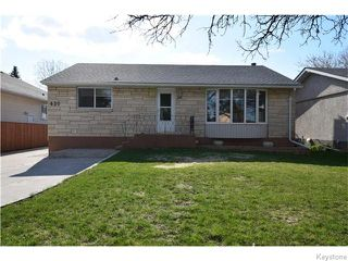 Photo 1: 430 Whytewold Road in Winnipeg: St James Residential for sale (West Winnipeg)  : MLS®# 1610669