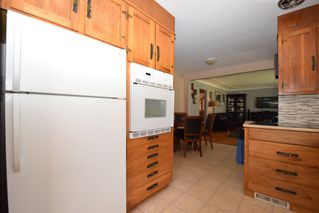Photo 38: 430 Whytewold Road in Winnipeg: St James Residential for sale (West Winnipeg)  : MLS®# 1610669