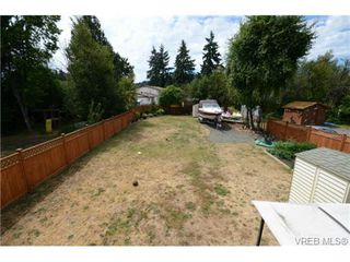 Photo 14: 735 Kelly Road in VICTORIA: Co Hatley Park Single Family Detached for sale (Colwood)  : MLS®# 366756