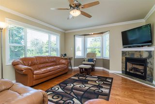 Photo 15: 23252 46 Avenue in Langley: Salmon River House for sale : MLS®# R2097565