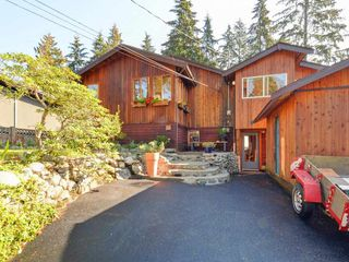 Main Photo: 1918 PANORAMA Drive in North Vancouver: Deep Cove House for sale : MLS®# R2114333
